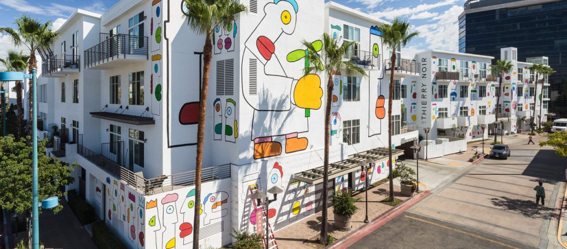 Thierry-Noir-Los-Angeles-NOHO-Mural-24-1